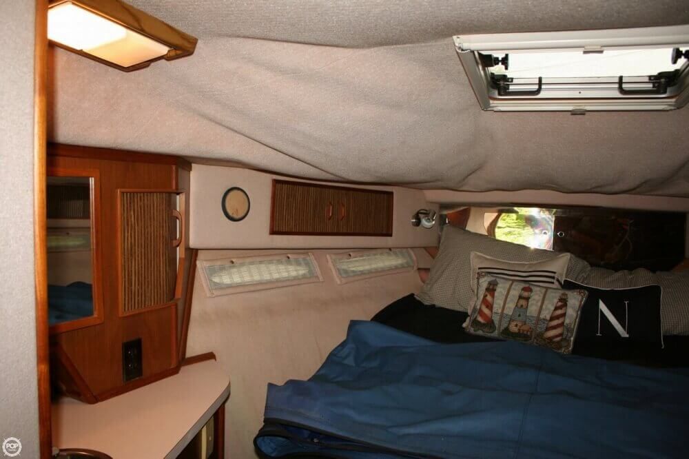 1987 Sea Ray boat for sale, model of the boat is 390 & Image # 4 of 40