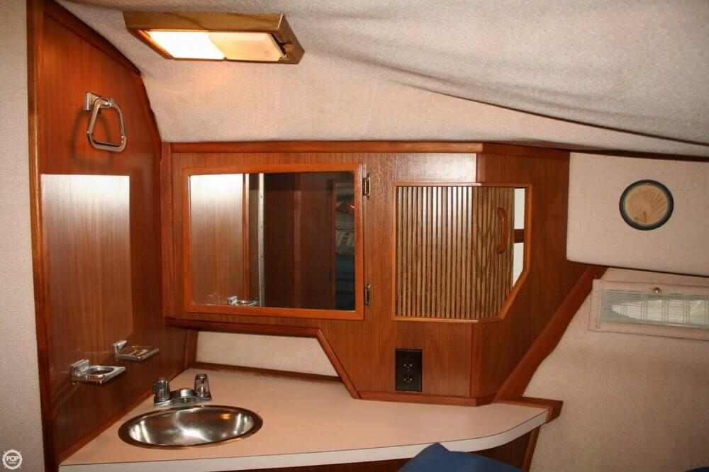 1987 Sea Ray boat for sale, model of the boat is 390 & Image # 7 of 40