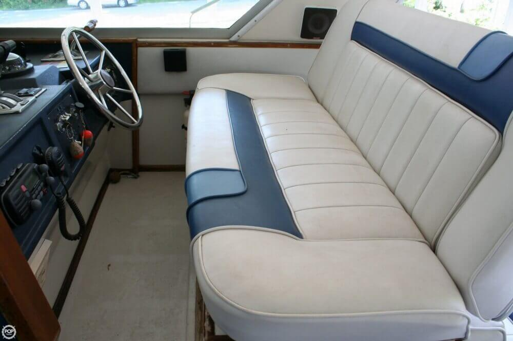 1987 Sea Ray boat for sale, model of the boat is 390 & Image # 35 of 40
