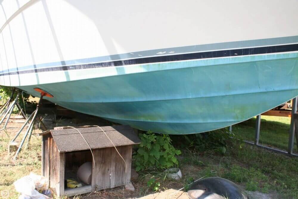 1987 Sea Ray boat for sale, model of the boat is 390 & Image # 3 of 40