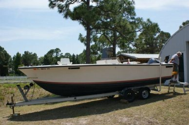 SeaCraft 23 Open Fisherman, 23', for sale - $17,500