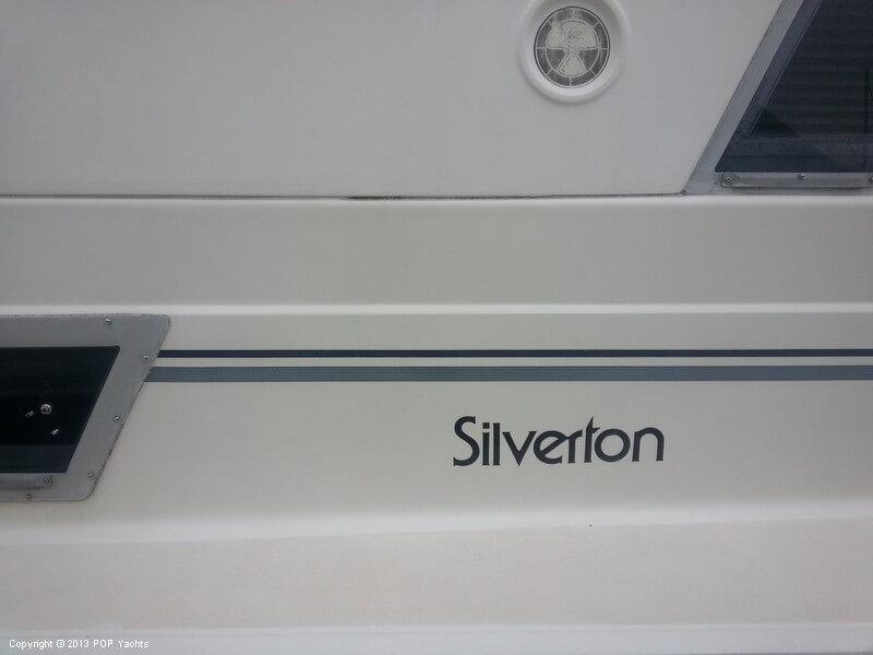 1989 Silverton 40 - Photo #23