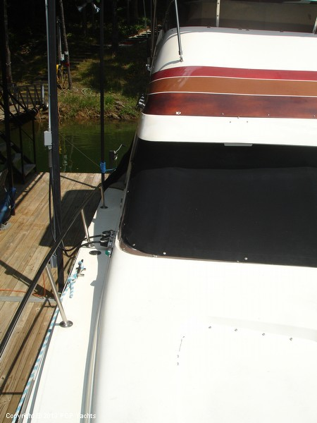 1982 Trojan 33 International Flybridge Sportfish - Photo #27