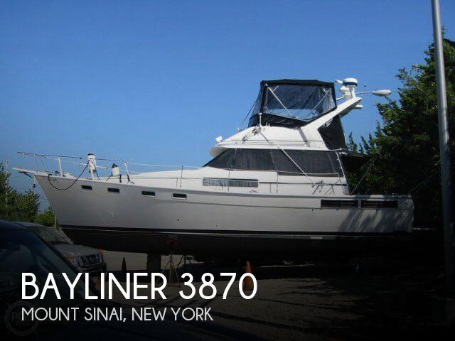 1988 Bayliner 3870 - Photo #1