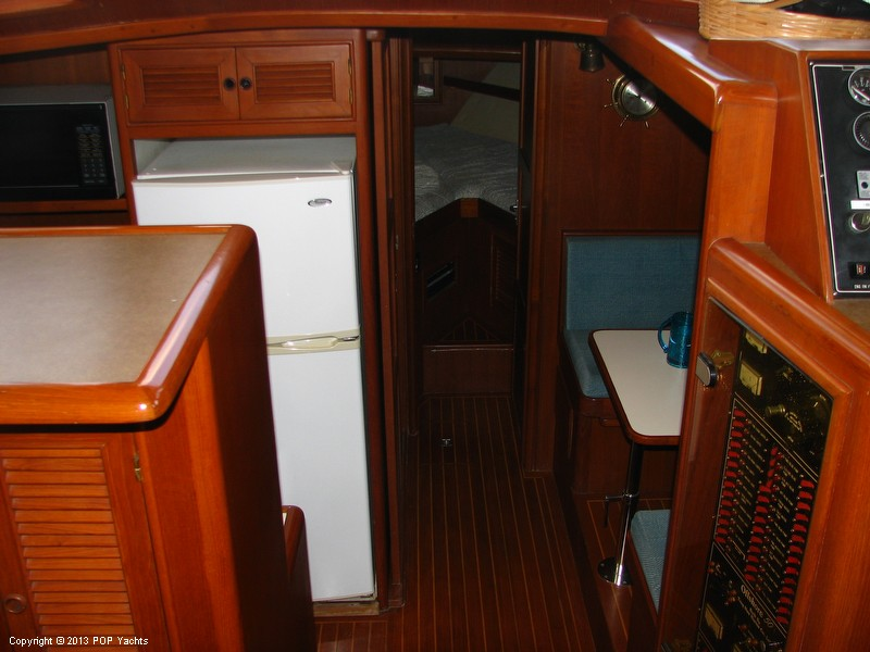1991 Offshore Yachtfisher 50 - Photo #14