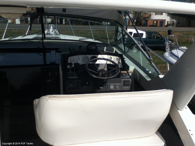 1988 Wellcraft boat for sale, model of the boat is 3200 St Tropez & Image # 9 of 40