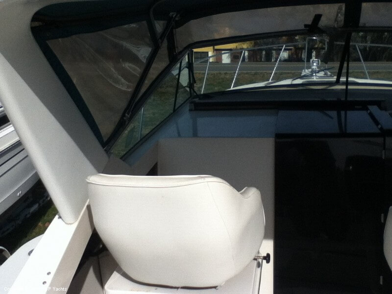 1988 Wellcraft boat for sale, model of the boat is 3200 St Tropez & Image # 10 of 40