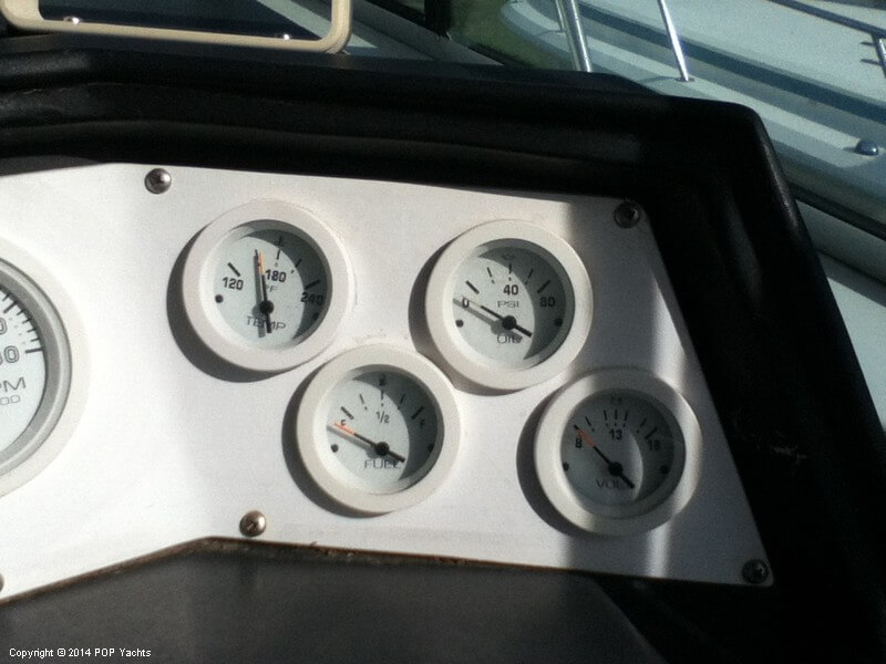 1988 Wellcraft boat for sale, model of the boat is 3200 St Tropez & Image # 24 of 40