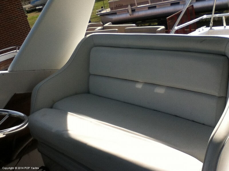 1988 Wellcraft boat for sale, model of the boat is 3200 St Tropez & Image # 30 of 40