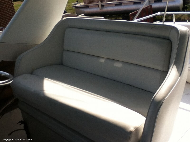 1988 Wellcraft boat for sale, model of the boat is 3200 St Tropez & Image # 31 of 40