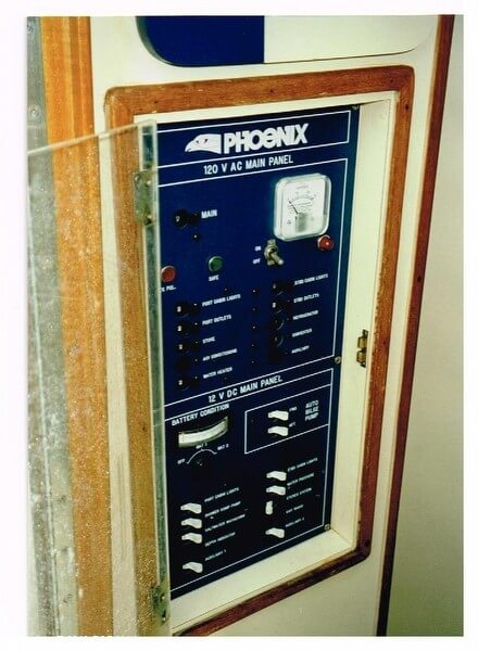 1986 Phoenix 29 Sportfish - Photo #10