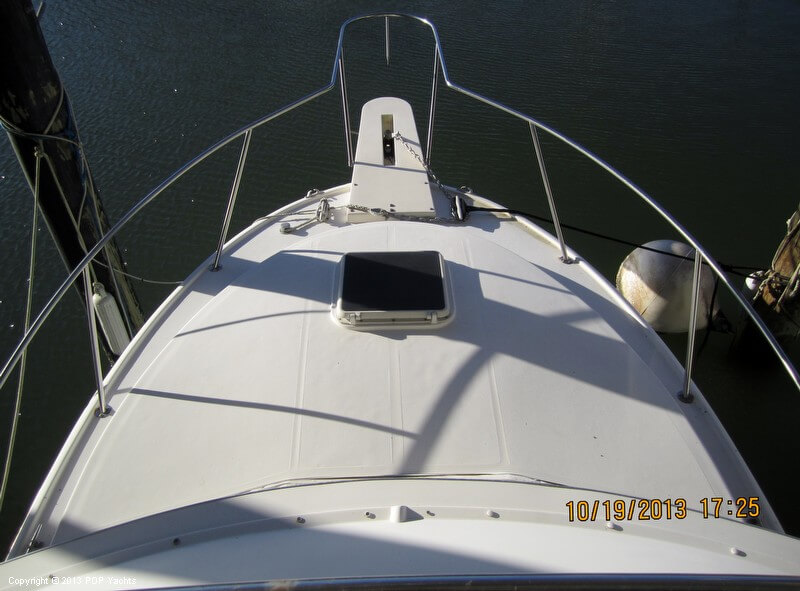 1986 Phoenix 29 Flybridge - Photo #2