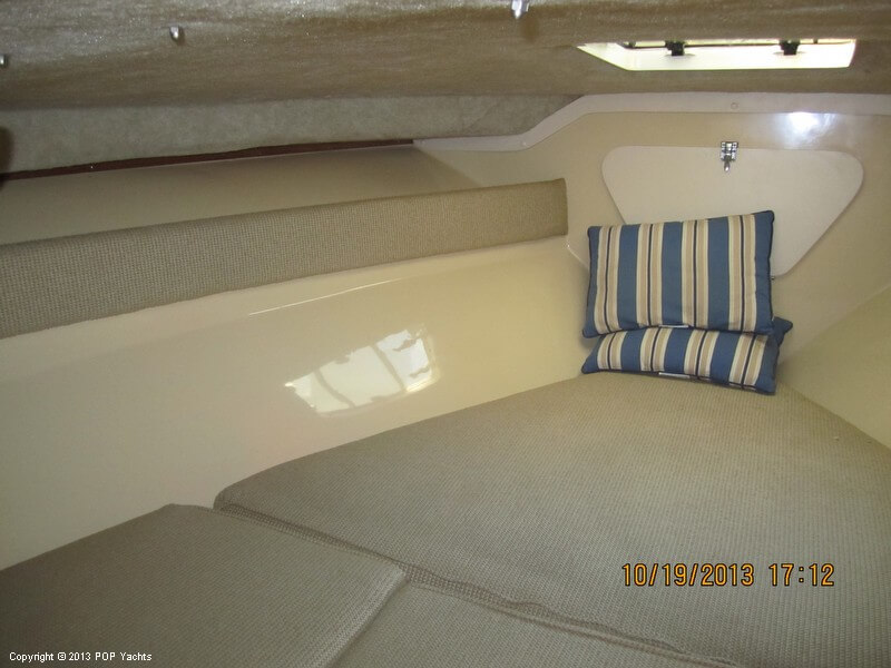1986 Phoenix 29 Flybridge - Photo #34