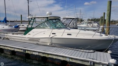Pursuit 3000 Express, 32', for sale - $71,500