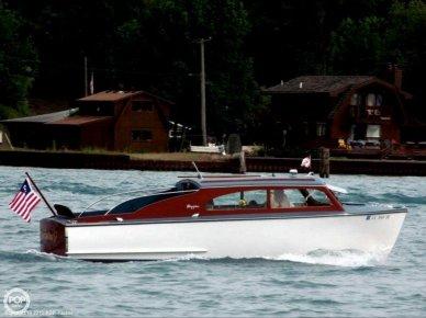 Higgins Deluxe Sedan Cruiser, 26', for sale - $97,500