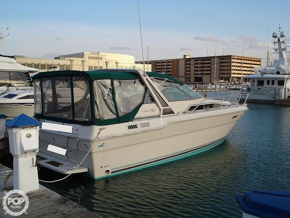 1988 Sea Ray boat for sale, model of the boat is 300 Weekender & Image # 2 of 40