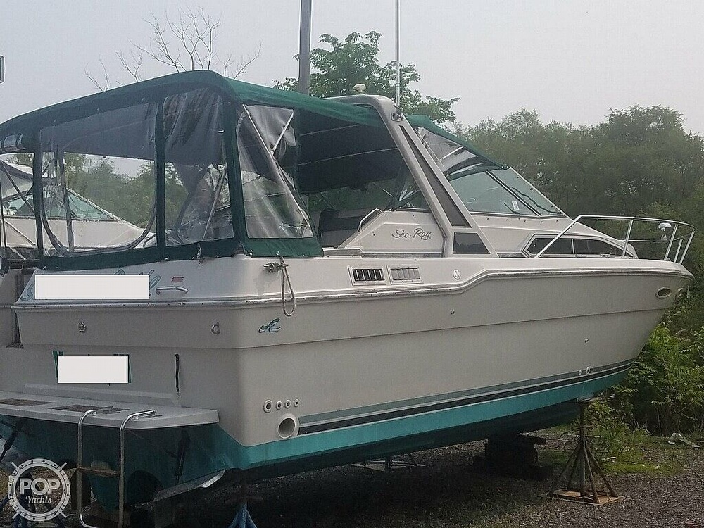 1988 Sea Ray boat for sale, model of the boat is 300 Weekender & Image # 4 of 40