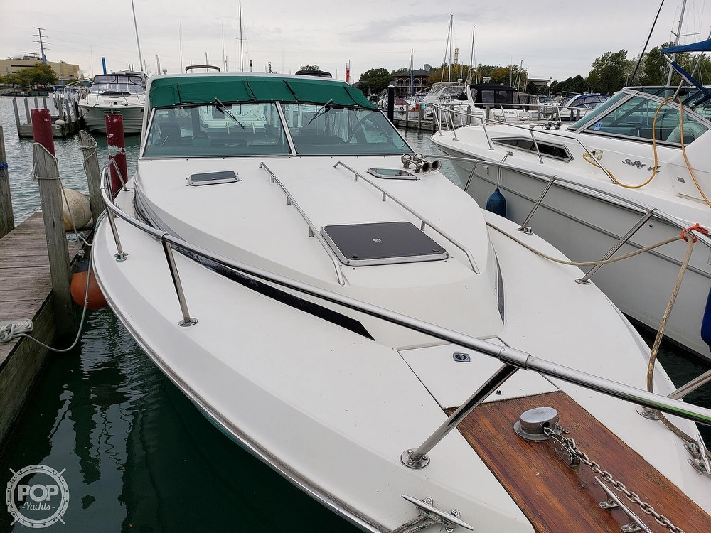 1988 Sea Ray boat for sale, model of the boat is 300 Weekender & Image # 15 of 40