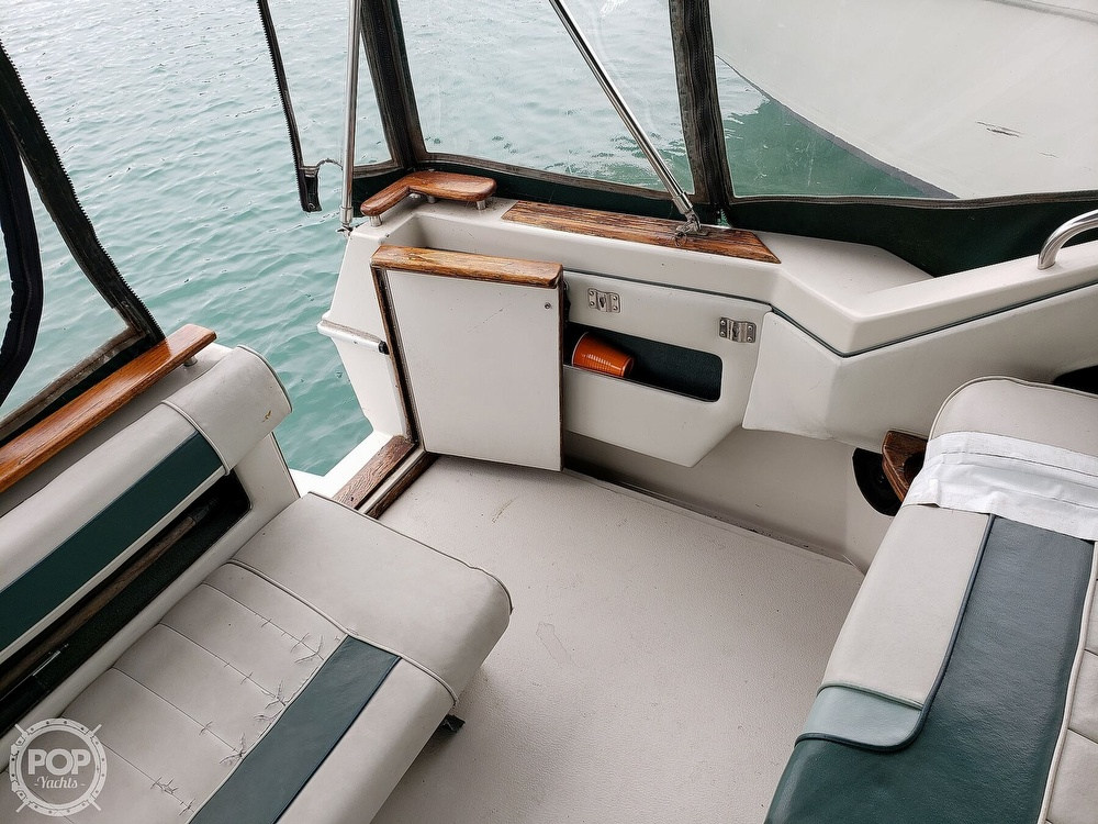 1988 Sea Ray boat for sale, model of the boat is 300 Weekender & Image # 27 of 40