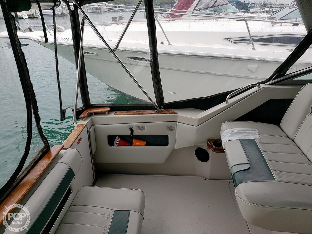 1988 Sea Ray boat for sale, model of the boat is 300 Weekender & Image # 29 of 40