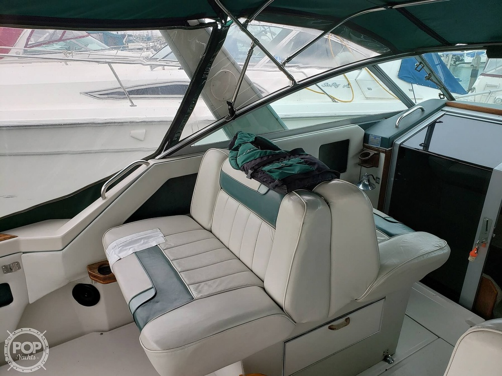 1988 Sea Ray boat for sale, model of the boat is 300 Weekender & Image # 30 of 40