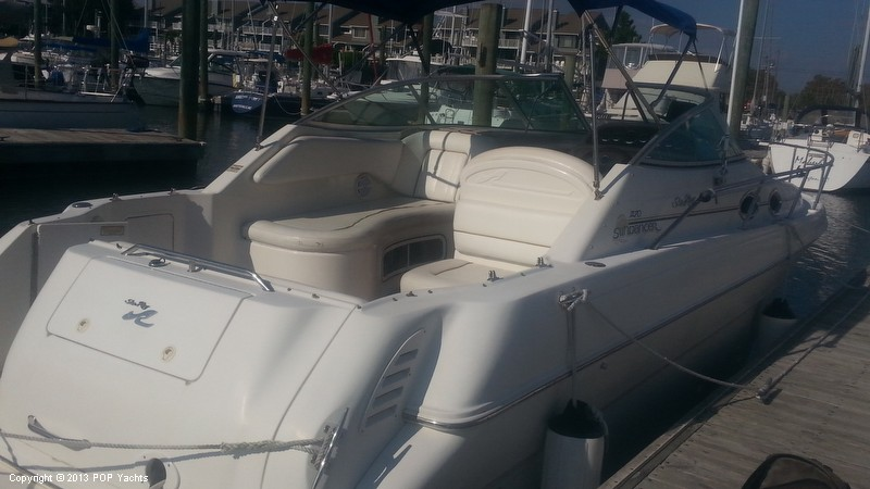 2000 Sea Ray 270 Sundancer - Photo #4