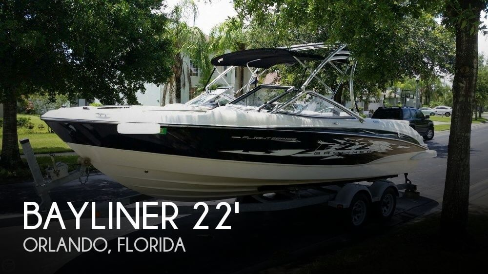2009 BAYLINER 225 FLIGHT SERIES for sale