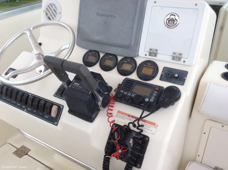 2003 Pursuit boat for sale, model of the boat is 3070 Express & Image # 25 of 40