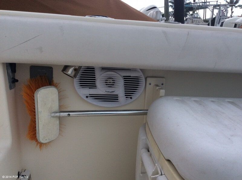 2003 Pursuit boat for sale, model of the boat is 3070 Express & Image # 29 of 40