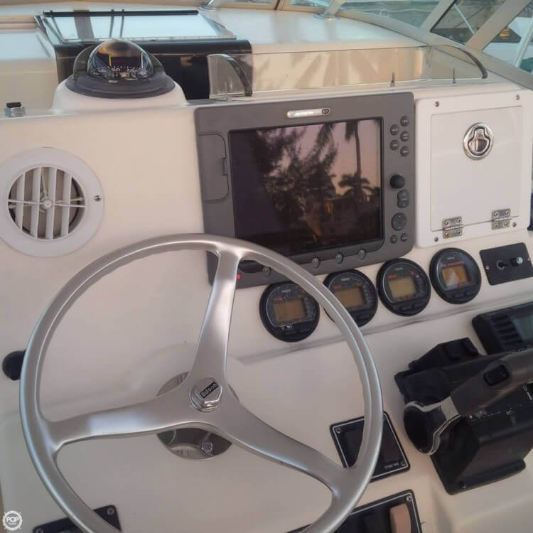 2003 Pursuit boat for sale, model of the boat is 3070 Express & Image # 17 of 40