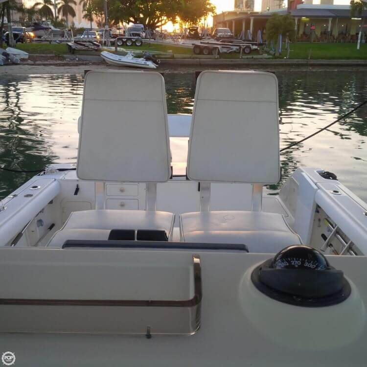 2003 Pursuit boat for sale, model of the boat is 3070 Express & Image # 19 of 40
