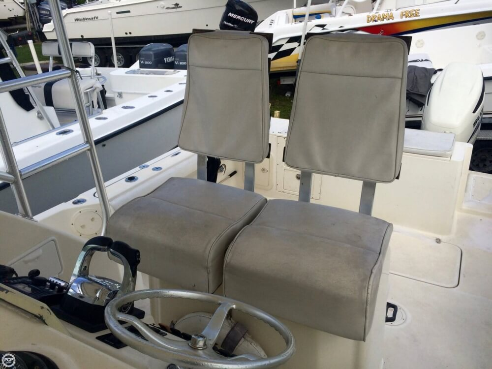 2003 Pursuit boat for sale, model of the boat is 3070 Express & Image # 37 of 40