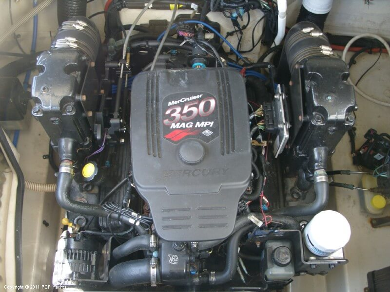 Mercruiser 350 MAG MPI Inboard/outboard