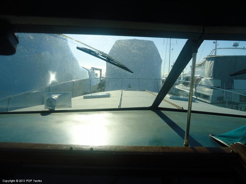 1984 Sea Ray 39 - Photo #39
