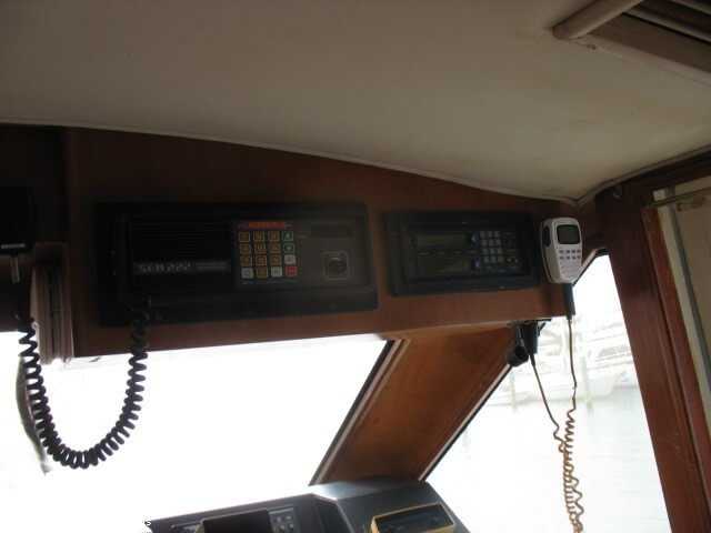 1990 Ocean Yachts 48 Motoryacht - Photo #4