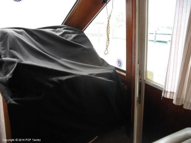 1990 Ocean Yachts 48 Motoryacht - Photo #36