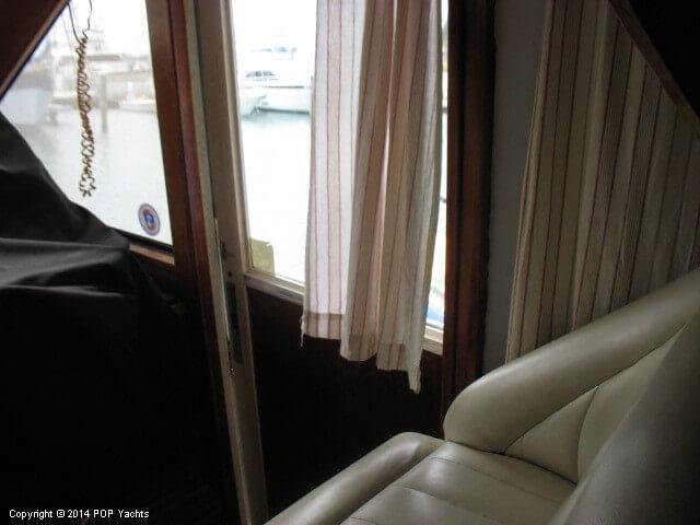 1990 Ocean Yachts 48 Motoryacht - Photo #37