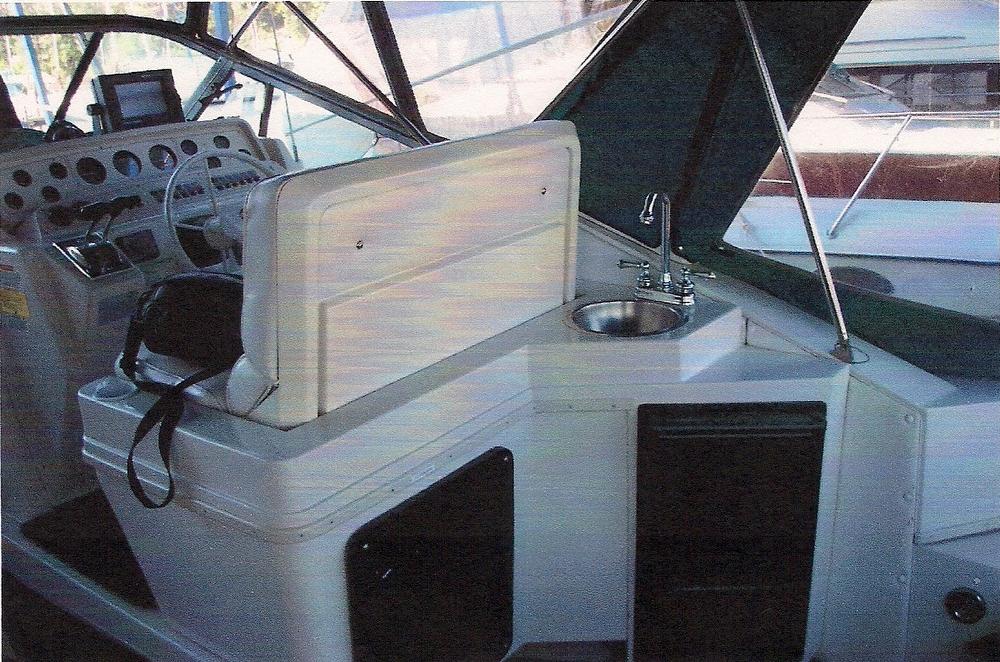 1991 Wellcraft 3400 Sport - Photo #14