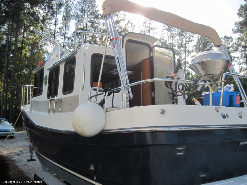 2009 Ranger Tugs boat for sale, model of the boat is 25 Fluid Motion & Image # 9 of 40