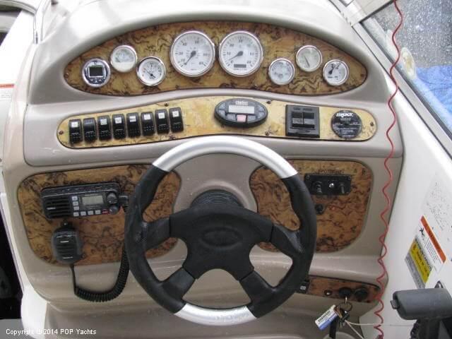 2006 Larson 240 Cabrio - Photo #17