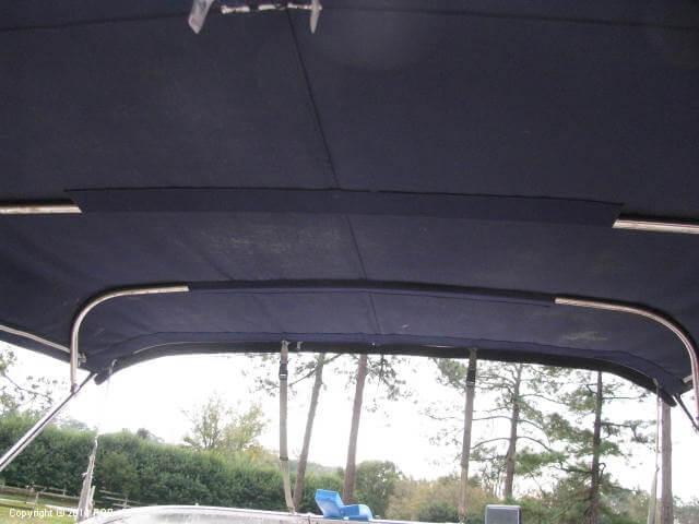2006 Larson 240 Cabrio - Photo #29