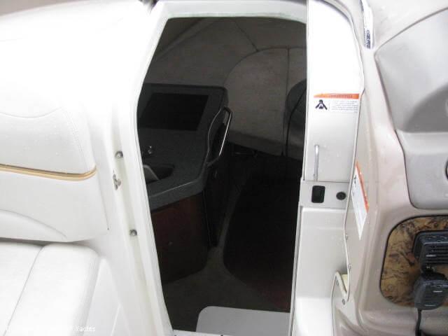 2006 Larson 240 Cabrio - Photo #40