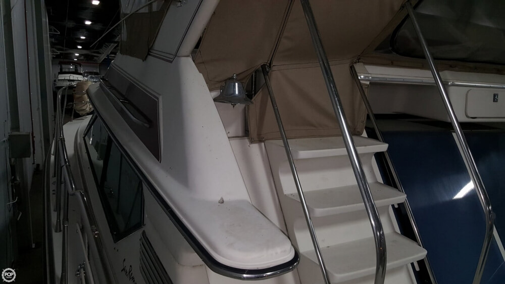 1988 Wellcraft boat for sale, model of the boat is 43 San Remo & Image # 19 of 40