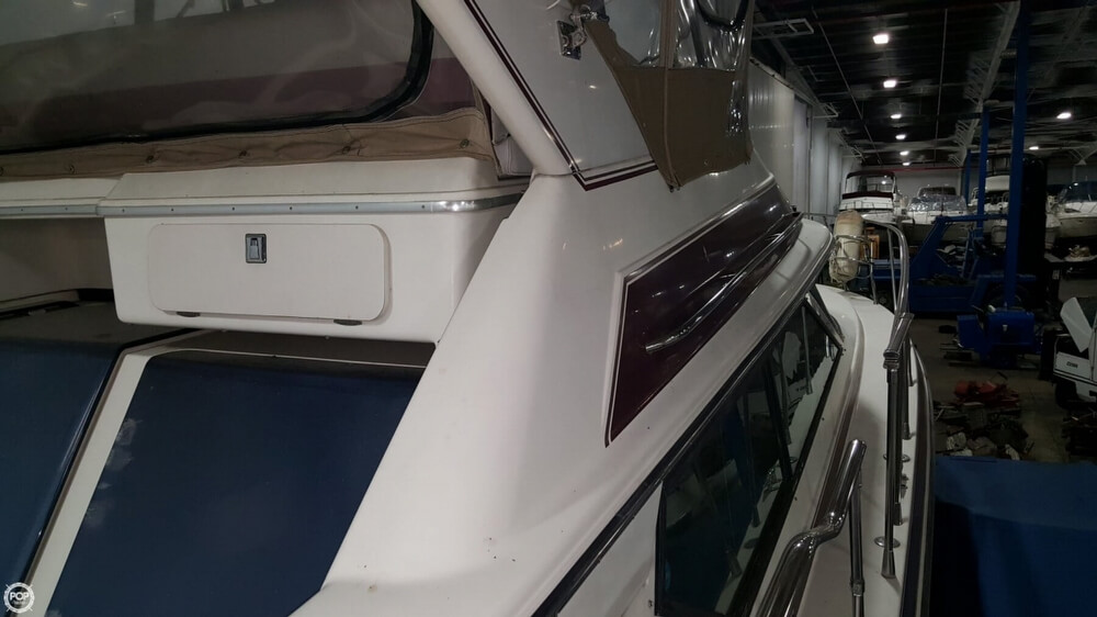 1988 Wellcraft boat for sale, model of the boat is 43 San Remo & Image # 22 of 40
