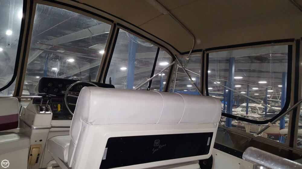 1988 Wellcraft boat for sale, model of the boat is 43 San Remo & Image # 39 of 40