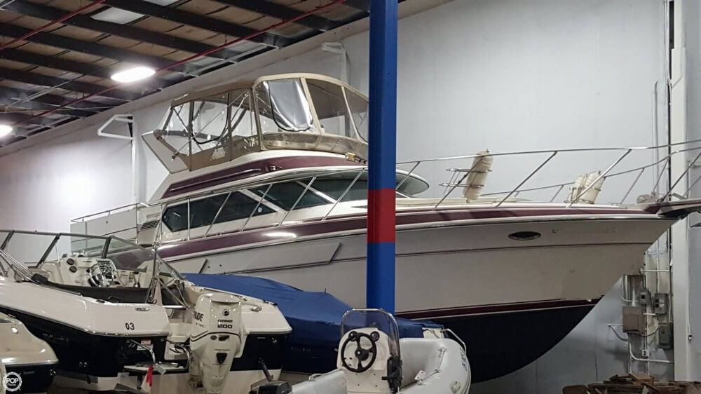 1988 Wellcraft boat for sale, model of the boat is 43 San Remo & Image # 3 of 40