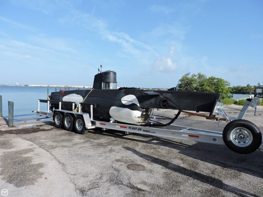 1987 Marlin 32 Diesel Electric S101 Manned Submarine - Photo #20