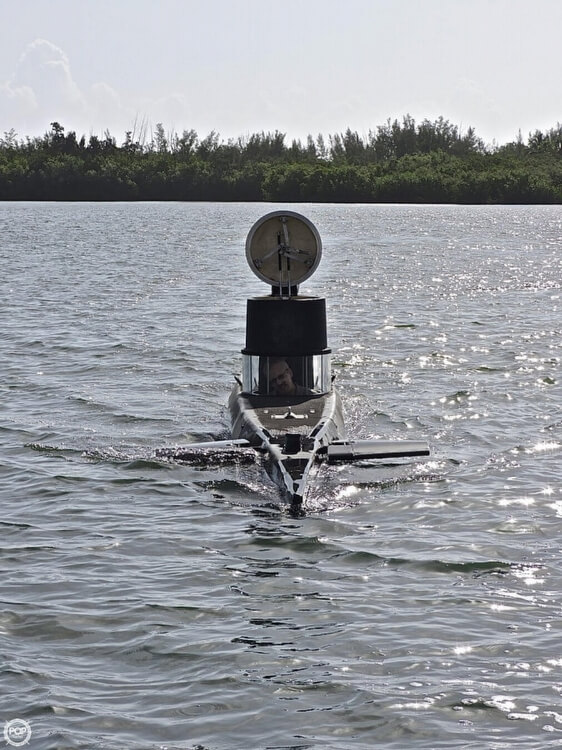 1987 Marlin 32 Diesel Electric S101 Manned Submarine - Photo #3