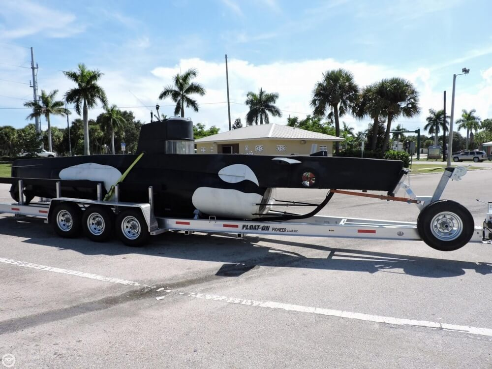 1987 Marlin 32 Diesel Electric S101 Manned Submarine - Photo #11