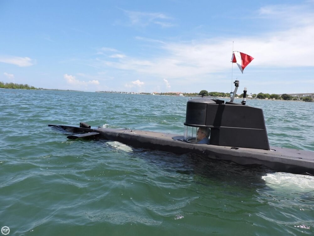 1987 Marlin 32 Diesel Electric S101 Manned Submarine - Photo #2